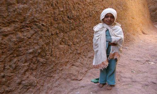 ETIOPIA / Północna - środkowa Etiopia / Lalibella / Czasem na drodze pojawia się Anioł