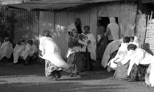 ETIOPIA / Północna - środkowa Etiopia / Gonder / Ktoś umarł