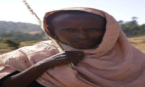 ETIOPIA / Północna - środkowa Etiopia / Północna Etiopia gdzieś po drodze / Chyba w różu mi do twarzy