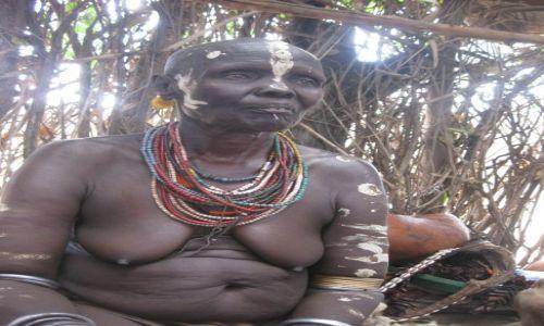 Zdjecie ETIOPIA / południe / wioska Karo / Karo Woman