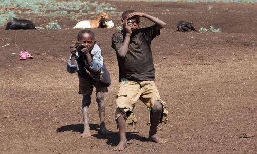 Zdjecie ETIOPIA / brak / okolice Arbaminch / Gliniani fotore