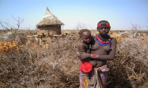 Zdjęcie ETIOPIA / pd. Etiopia / Omorate, nad rzeką Omo / Dzieci z plemienia Dassanech