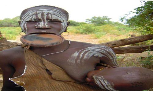 Zdjecie ETIOPIA / Pd.Etiopia, dolina rzeki Omo / Wioska plemienia Mursi w Parku Narodowym Mago / Konkurs Twarze