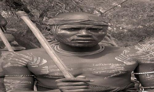 Zdjęcie ETIOPIA / pd. Etiopia, Park Narodowy Mago / Wioska plemienia Mursi / Wojownik Mursi