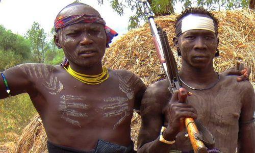 Zdjęcie ETIOPIA / pd. Etiopia, Park Narodowy Mago / Wioska plemienia Mursi / Mursi