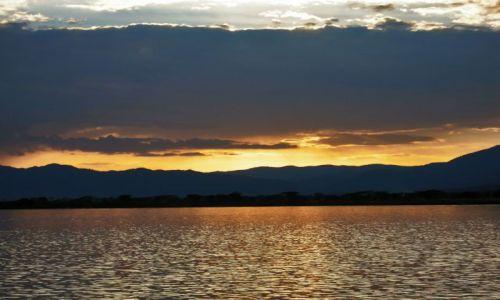 Zdjecie ETIOPIA / pn. Etiopia / Nechisar National Park / Zachód słońca nad Jeziorem Chamo