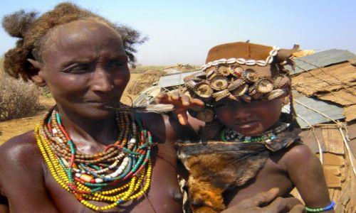 Zdjecie ETIOPIA / Pd. Etiopia - Omorate / Wioska Plemienia Dassanech nad rzeką Omo / W wiosce plemienia Dassanech