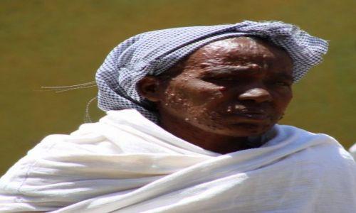 Zdjęcie ETIOPIA / Gangor / Gangor / Wysypało