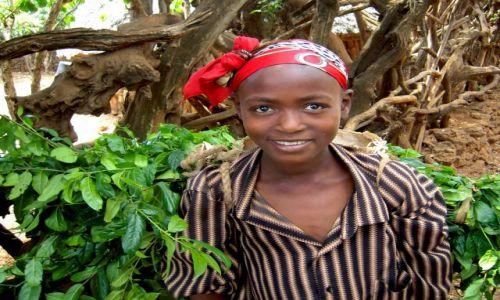 Zdjecie ETIOPIA / pd. Etiopia, Karat-Konso / Wioska ludu Konso / Dziewczynka z l