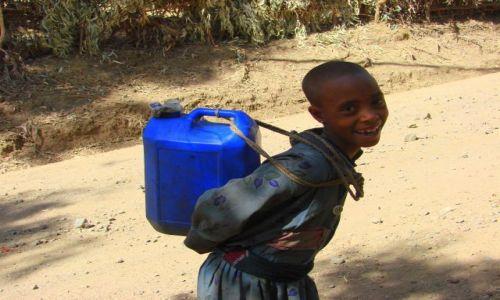 Zdjęcie ETIOPIA / Debarg / Debarg / Zbiornik  na  wodę
