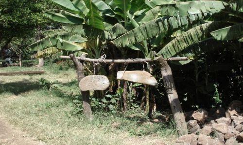 Zdjęcie ETIOPIA / Amhara / okolice Bahar Dar / półwysep Zege / Etiopska dzwonnica