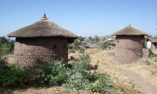 Zdjecie ETIOPIA / Amhara / Lalibela / Tradycyjna zabudowa Lalibeli