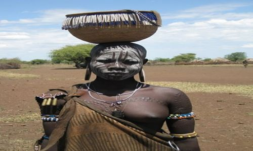 Zdjecie ETIOPIA / OMO VALLEY / Mago Park / BEAUTY OF MURSI