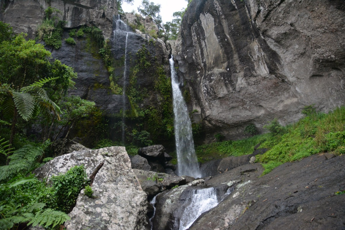 Zdjęcia: Park Narodowy Koroyanitu, Viti Levu, Wodospad Tunutunu przed burzą, FIDŻI