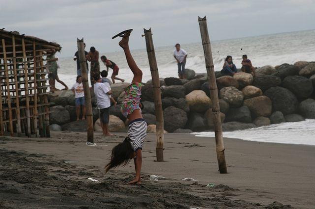 Zdjęcia: Luzon/Agoo, Na plaży w San Julian_, FILIPINY