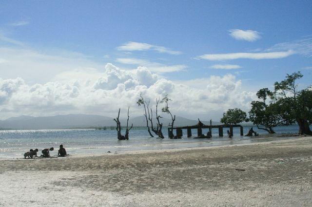 Zdj�cia: Palawan, Bia�a Pla�a w Puerto Princessa, FILIPINY