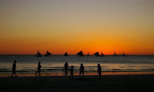 Zdjęcie FILIPINY / Boracay / Boracay / Zabawy o zachodzie