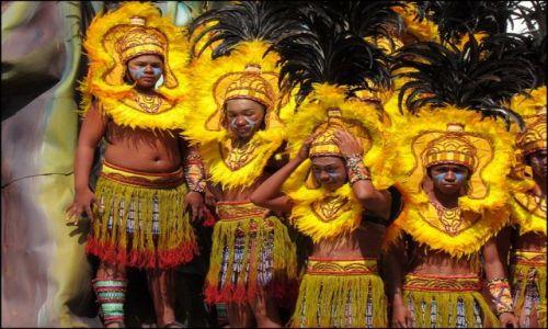 Zdjęcie FILIPINY / Panay / Iloilo / Feria barw na Dinagyang 4