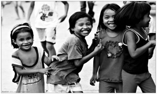 Zdjęcie FILIPINY / Leyte  / Tacloban / My little friends...