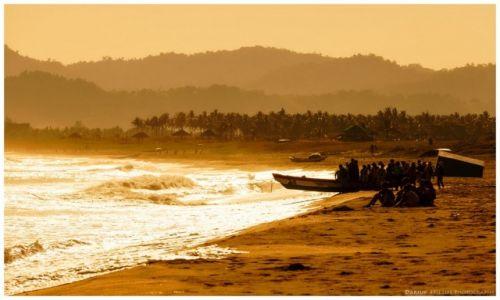 Zdjęcie FILIPINY / Luzon / Claveria / Fishermen