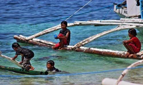 Zdjecie FILIPINY / MALAPASCUA / MALAPASCUA / Bawią się :-)