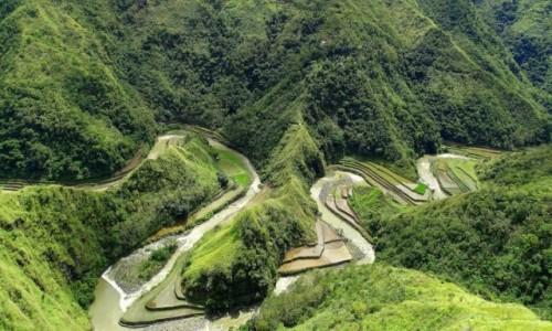 FILIPINY / Północny Luzon / Między Bangaan a Duclingan  / Snake river - meandruje podręcznikowo