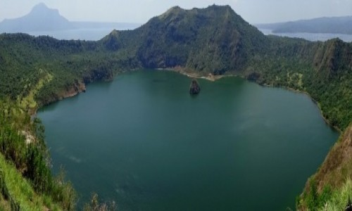 Zdjęcie FILIPINY / wyspa Luzon / Jezioro Taal-Volcano Island / Wulkan-matrioszka