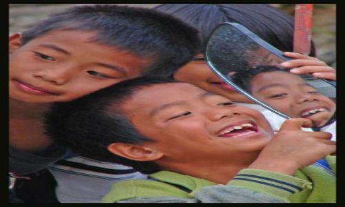 Zdjęcie FILIPINY / wyspa Luzon  / Sagada / w oczekiwaniu na odjazd busika