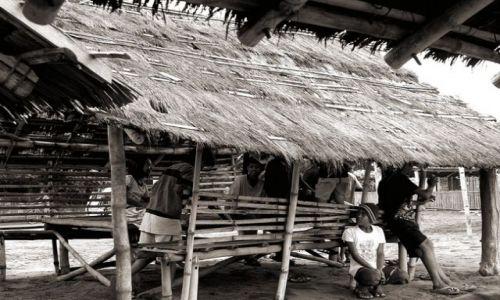 FILIPINY / brak / Luzon/Agoo / Na plaży w San Julian