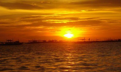 Zdjecie FILIPINY / Azja / Boracay / Zachod Slonca