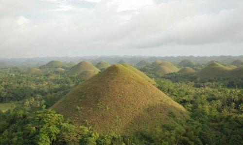 Zdjecie FILIPINY / Bohol / Carmen / Czekoladowe wzgórza