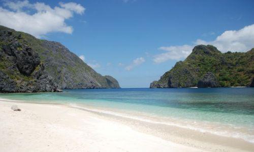 Zdjecie FILIPINY / Palawan / El Nido - Archipelag Bacuit / Plaża na wyspie Tapiutan