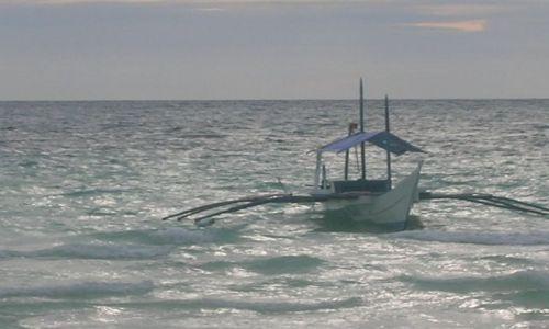 Zdjecie FILIPINY / brak / Boracay /  bangka wszechobecna