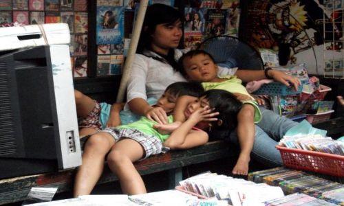 Zdjęcie FILIPINY / Manila / Baclaran / ... dobranocka ....