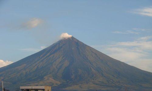 Zdjecie FILIPINY / Azja / Legazpi / aktywny wulkan Mayon