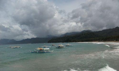Zdjęcie FILIPINY / Palawan / Sabang / ... z górami w tle ...