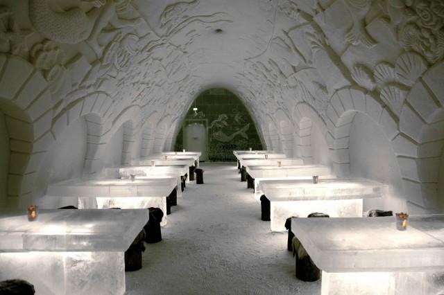 FINLANDIA / Laponia / Kemi  / Restauracja w Śnieżnym Pałacu