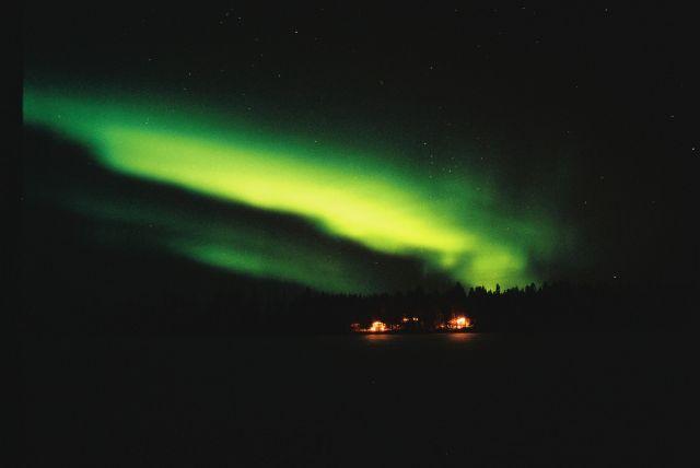 Zdjęcia: SRODKOWY LAPLAND, SRODKOWY LAPLAND, ZORZA POLARNA W SYLWESTRA TUSZ PRZED PÓŁNOCĄ, FINLANDIA