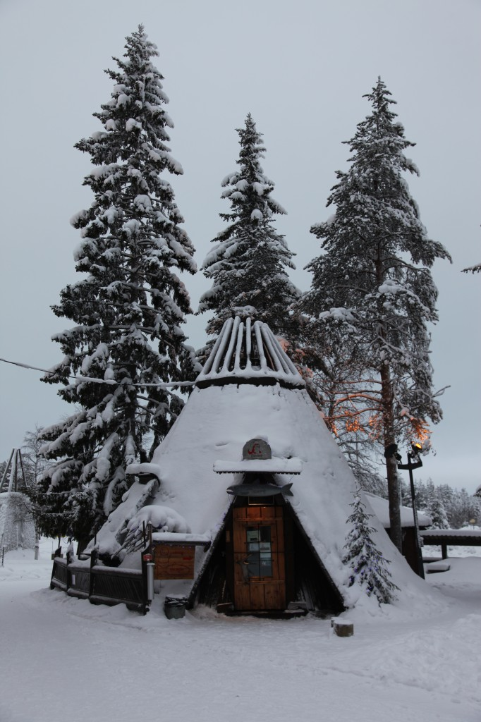 Zdjęcia: Rovaniemi, Laponia, Kawiarenka, FINLANDIA