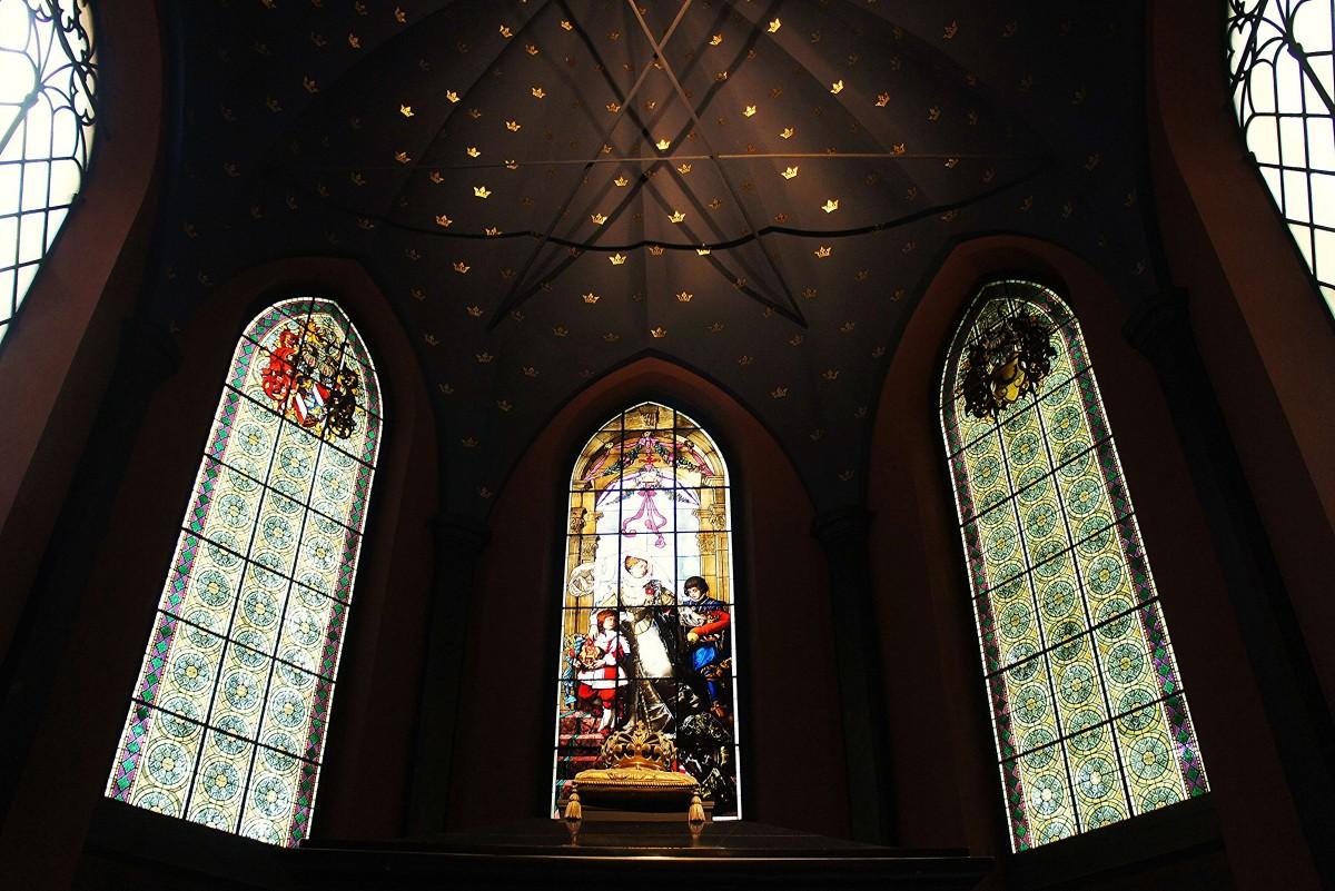 Zdjęcia: Katedra, Turku, Witraże, FINLANDIA