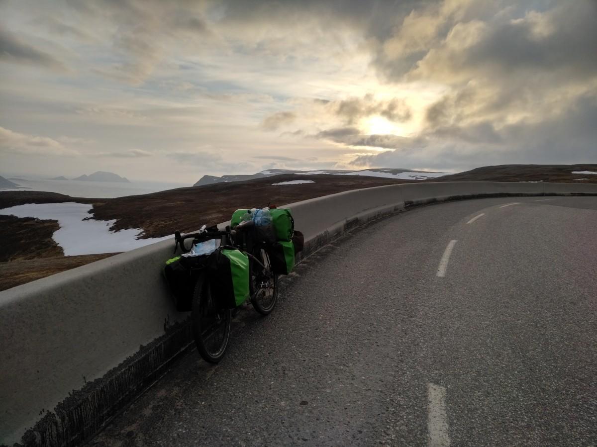 Zdjęcia: W drodze , Na Nordkappie koło 22:00, FINLANDIA