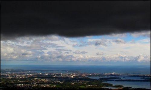 Zdjęcie FINLANDIA / Południowa Finlandia / Helsinki / Chmury nad Helsinkami 2