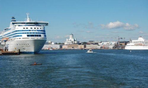 Zdjecie FINLANDIA / Uusimaa / Helsinki / Panorama Helsinek z Katedrą w tle