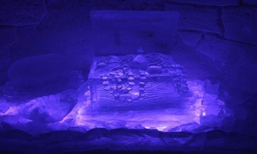 Zdjęcie FINLANDIA / Laponia / Kemi / Skarb piratów, rzeźba z lodu