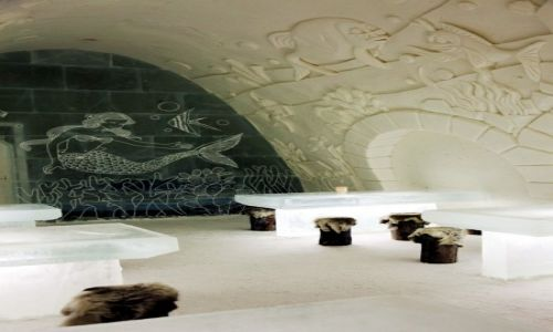 Zdjęcie FINLANDIA / Laponia / Kemi, hotel z lodu / Bar pod syrenką