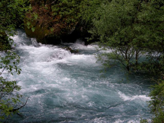 Zdjęcia: Fontaine de Vaucluse , Prowansja, Rzeka Sorgue 2, FRANCJA