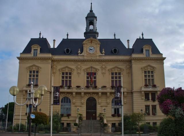 Zdjęcia: Tarbes, Haute-Pyrenees, Tarbes, siedziba mera miasta, FRANCJA