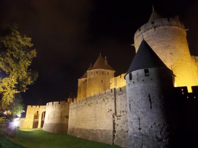 Zdjęcia: Carcassonne, Langwedocja, Carcassonne noca, FRANCJA