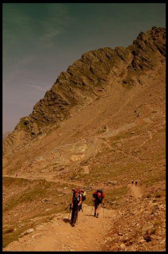 Zdjęcia: Masyw Mont Blanc, Alpy Graickie, Idąc..., FRANCJA