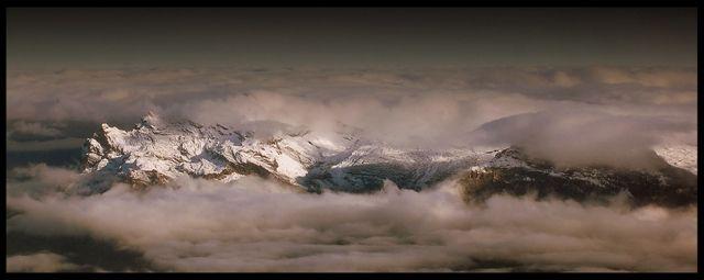 Zdjęcia: Masyw Mont Blanc, Alpy Graickie, Rozpadło się niebo..., FRANCJA
